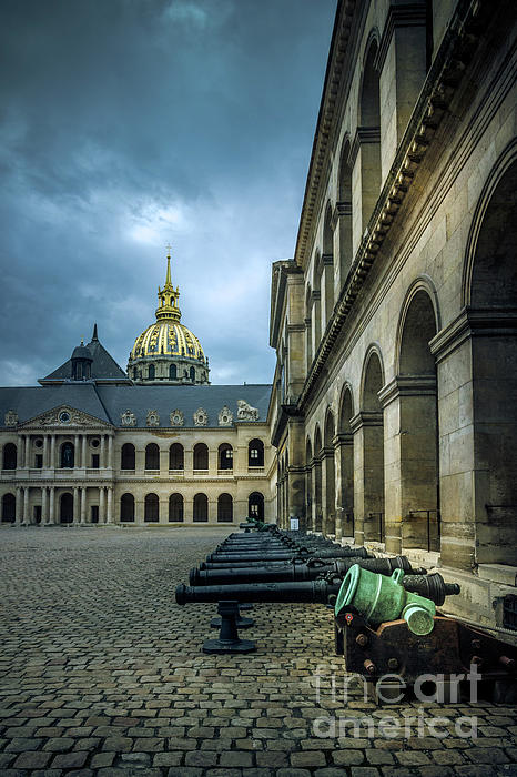 Liesl Walsh - Courtyard of the Invalides, Paris, France