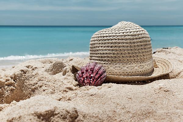 Evgeniya Lystsova - Dreaming At The Beach