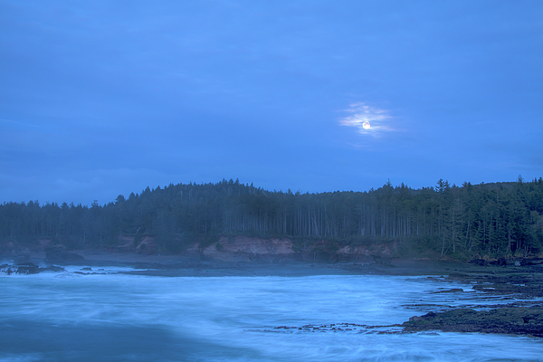 Kristina Rinell - Blue Moon Over The Bay 0831
