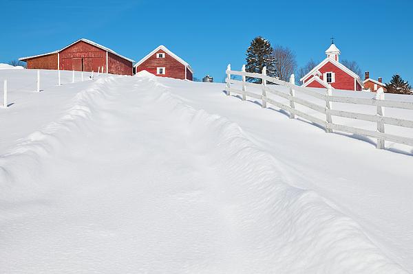 Alan L Graham - Farm Country Winter