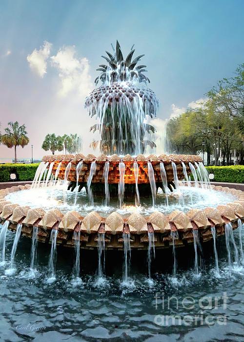 Carol Groenen - Glowing Pineapple Fountain