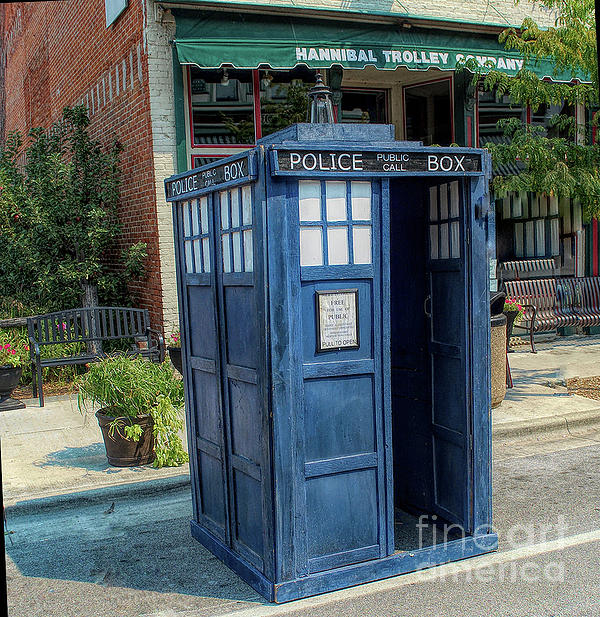 Luther Fine Art -  Great River Steampunk Festival Police Box
