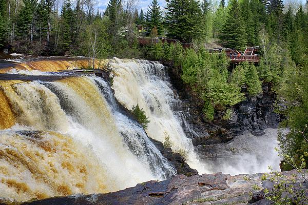 Tatiana Travelways - Kakabeca Waterfall