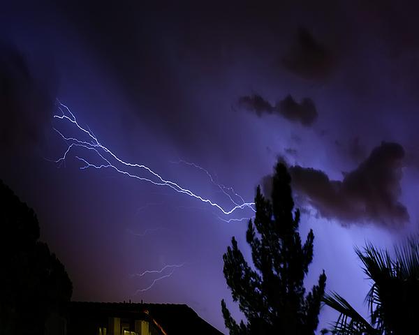 Lightning H13 Photograph