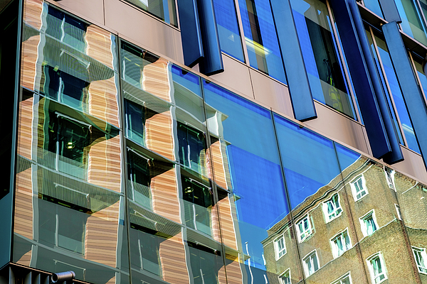 Judi Saunders - London Bankside Architecture 3