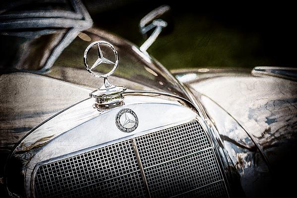 Jill reger website for Mercedes benz hood ornament