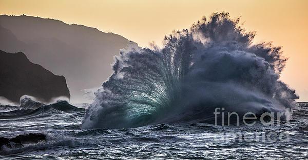Dustin K Ryan - Napali Coast Kauai Wave Explosion Hawaii