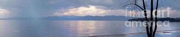 Felipe Adan Lerma - New England Thaw on Lake Champlain Horizon Line