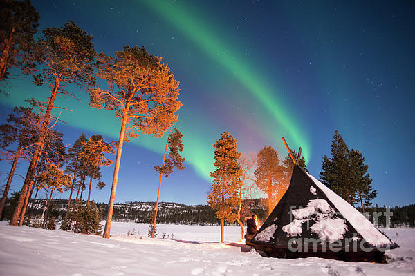 Delphimages Photo Creations - Northern lights by the lake