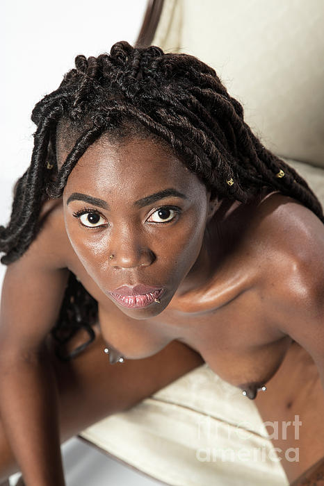 Images of nude african women
