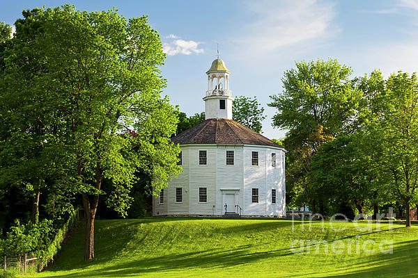 Alan L Graham - Old Round Church Spring