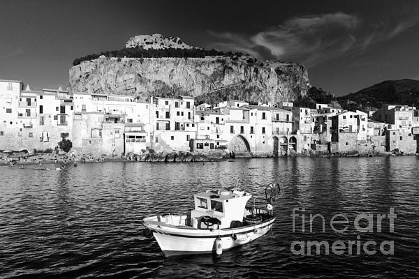 Stefano Senise - Old Town of Fishermen