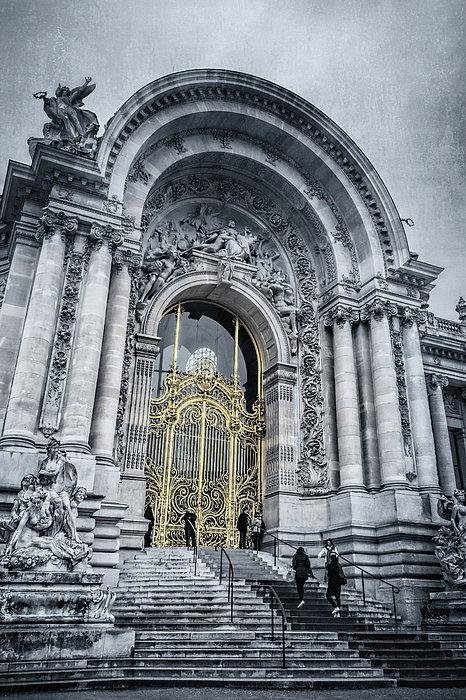 Joan Carroll - Petit Palais Golden Gate BW Paris