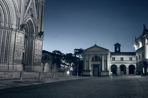 Joan Carroll - PIazza del Duomo Orvieto Italy II