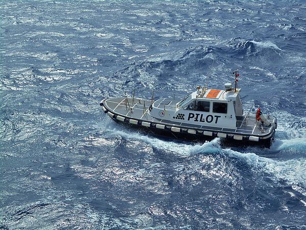 Mark Victors - Pilot Boat Toward Italy