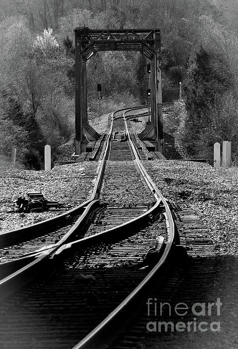 Douglas Stucky - Rails