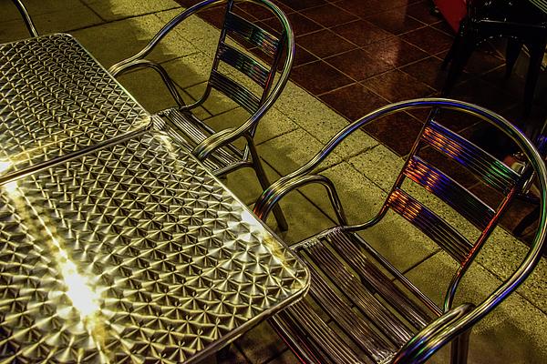 Robert Grant - Spectacular Sidewalk Restaurant Furniture