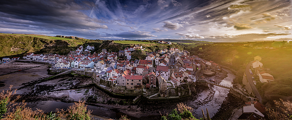 Richard Sayer - Staithes Panorama