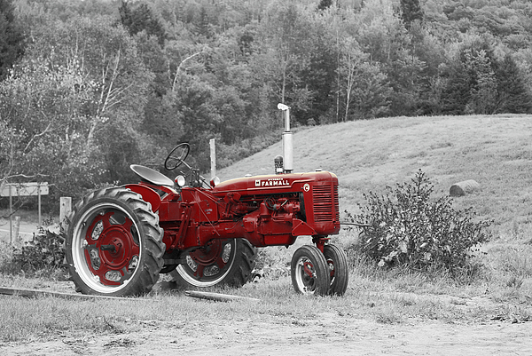 Aimelle - The Red Tractor