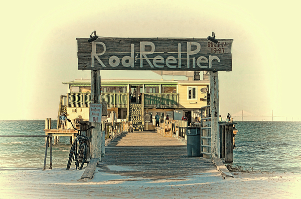 HH Photography of Florida - The Rod And Reel Pier Vintage