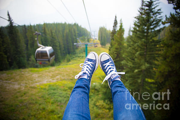Anna Serebryanik - Traveling Shoes