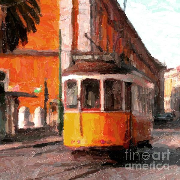 Andre Araujo - Typical Yellow tram in Lisbon