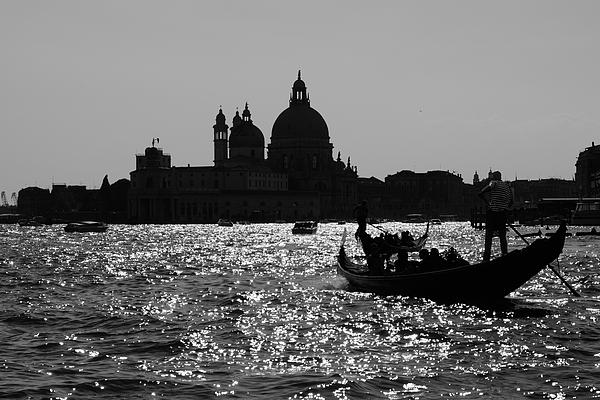 Nicola Simeoni - Venice in Black and White. Gondola