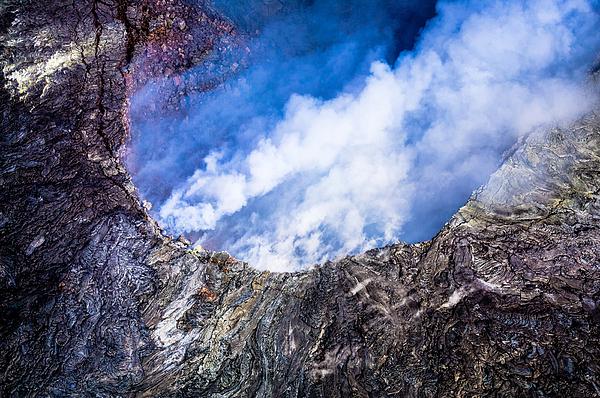 M G Whittingham - Volcano