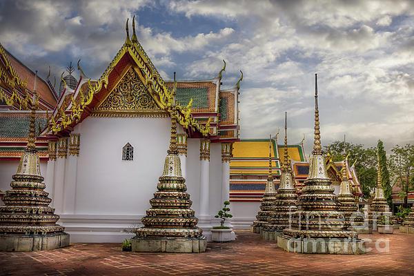Liesl Walsh - Wat Pho in Bangkok, Thailand