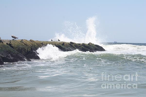 John Telfer - Waves Crashing Onto Long Beach Jetty