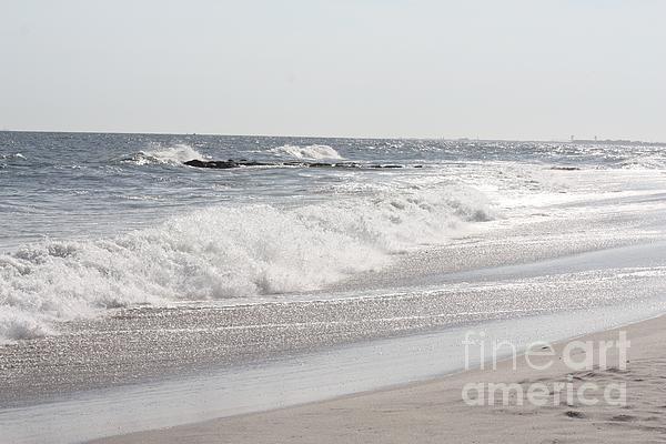 John Telfer - Waves Crashing Onto Long Beach