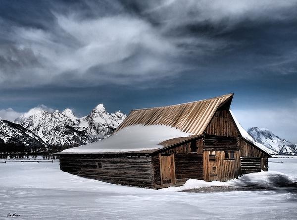 Jim Moser - Winter at the Barn