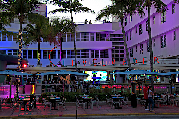 Richard Krebs - Art Deco - South Beach, Clevelander