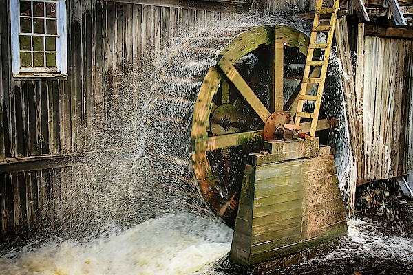 Tatiana Travelways - Old mill water wheel