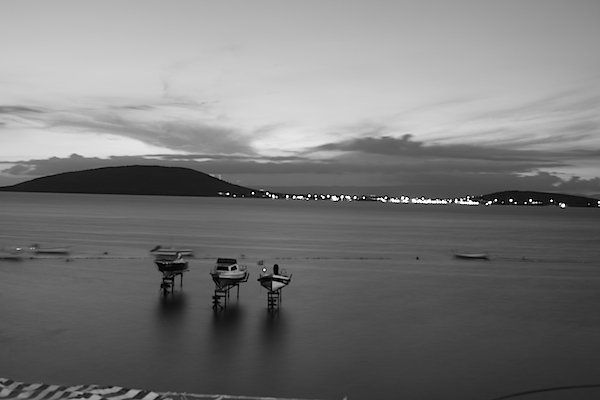 Ahmet Ugur Can - Seascape Black and White