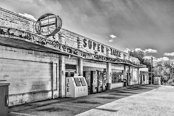 Sharon Popek - Super Market Black and White