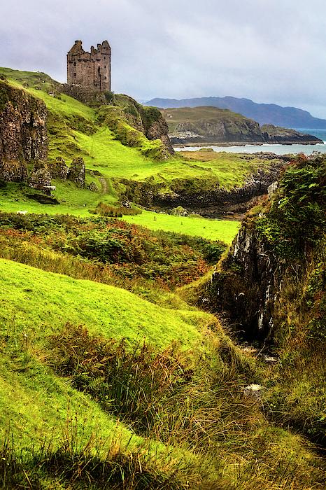 Debra and Dave Vanderlaan - The Gylen Castle on the Isle of Kerrera