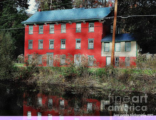 Tami Quigley - The Red House Along The Autumn Canal