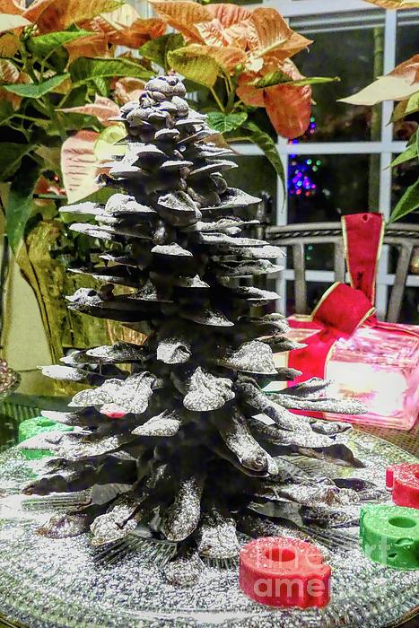 Amy Dundon - Chocolate Christmas Tree