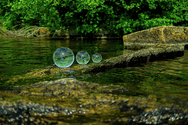 Linda Howes - Crystal Balls by The Water
