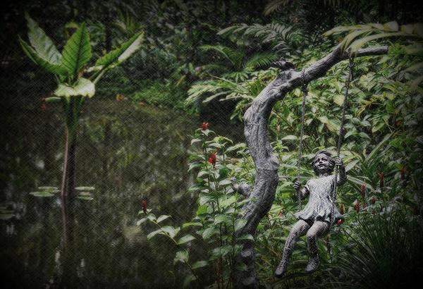 Toni Abdnour - Swinging In the Garden