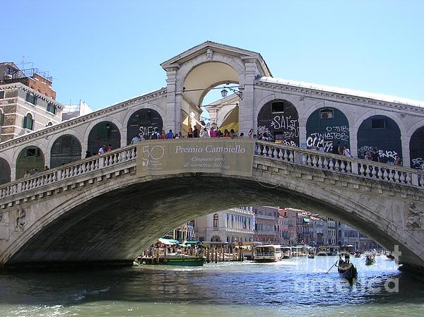 Lesley Evered - The Rialto Bridge, Venice