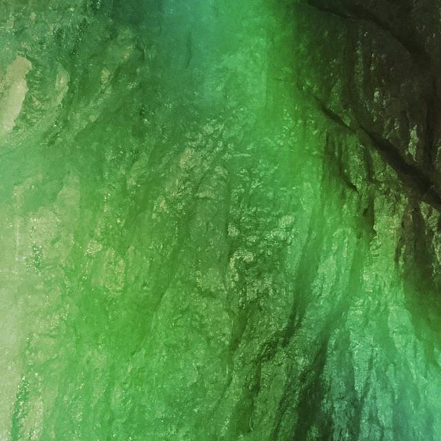 Green Digital Art - Cool by Shunsuke Kanamori