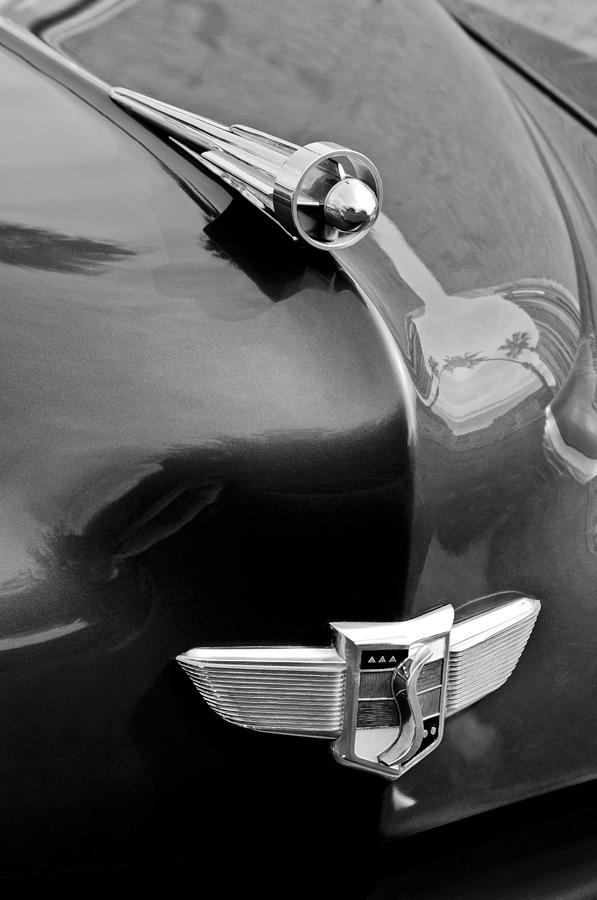 1949 Studebaker Champion Hood Ornament Photograph - 1949 Studebaker Champion Hood Ornament by Jill Reger