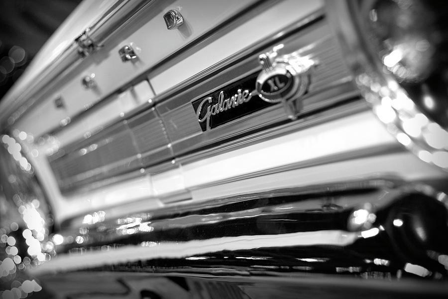 1964 Photograph - 1964 Ford Galaxie 500 Xl by Gordon Dean II