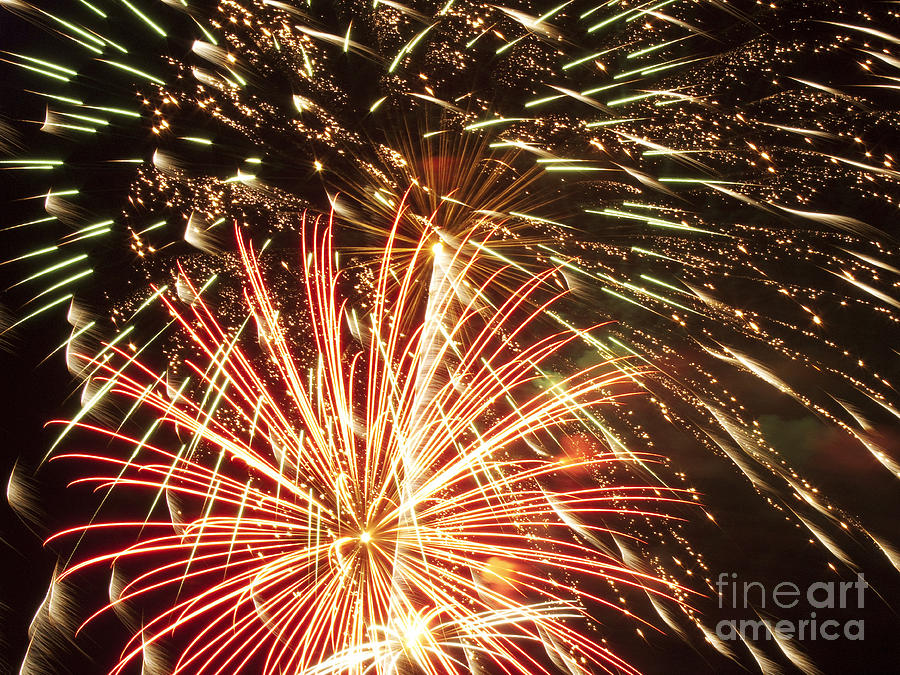 4th Photograph - 4th Of July Fireworks by Joe Carini - Printscapes