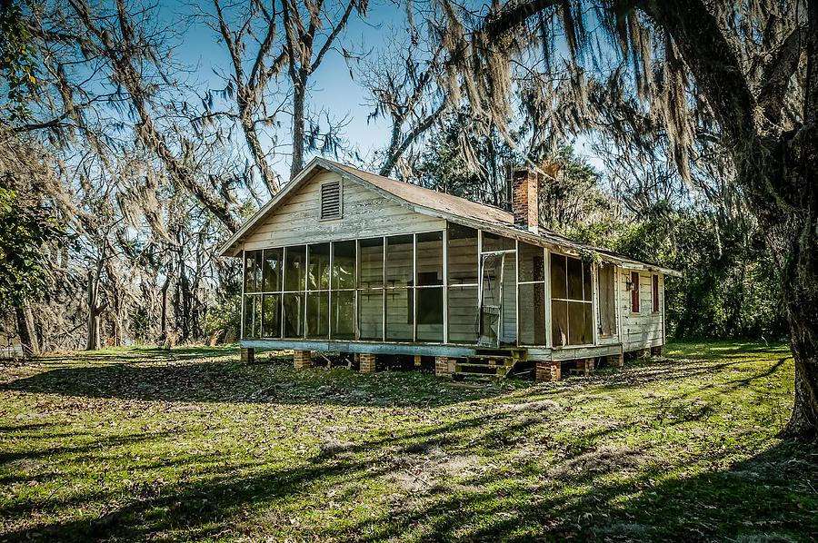 Abandoned House Photograph - Abandoned House Old Cahawba by Phillip Burrow
