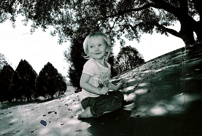 Child Photograph - Amber by Joe Davidson