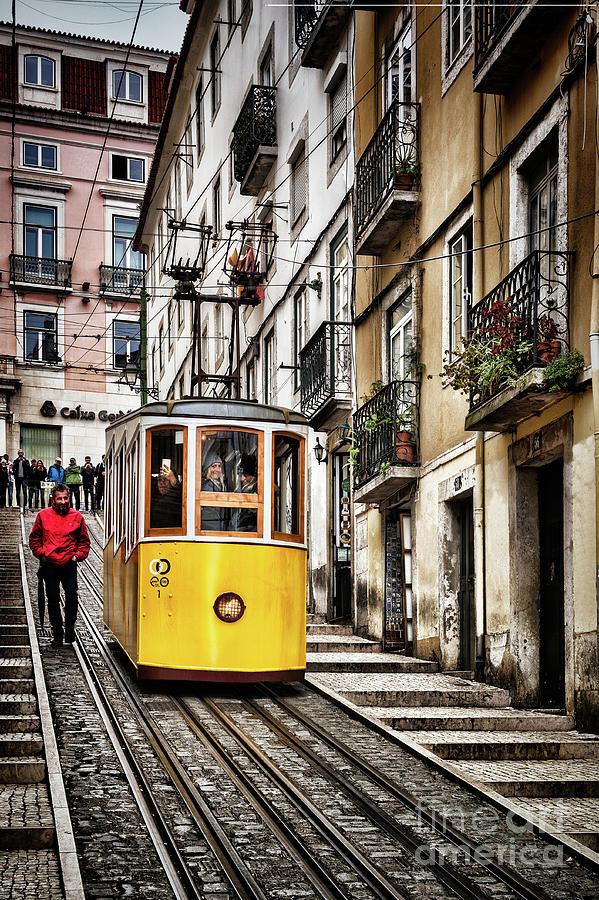 Ascensor Da Bica Lisbon Portugal Photograph By Colin And Linda