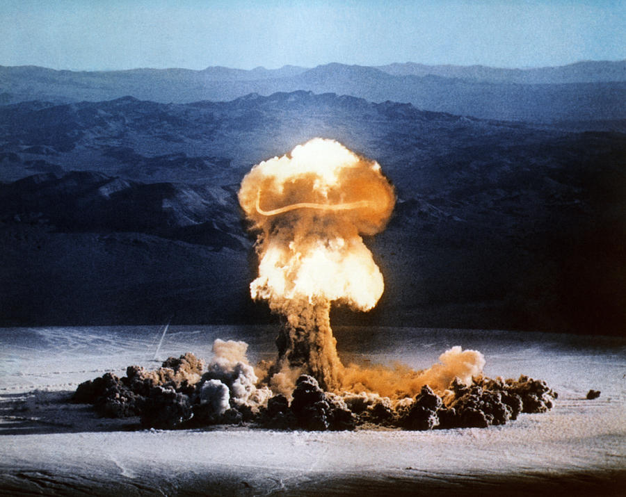 advantages and disadvantages of atomic bomb What are the advantage of atomic bomb save cancel already exists would you like to merge this question advantages and disadvantages of using the atomic bomb.